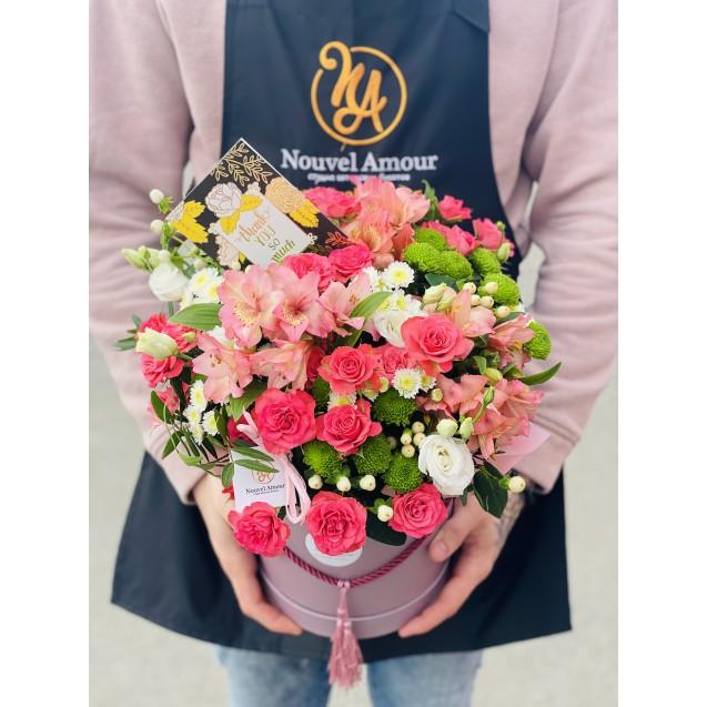 Коробка шляпная с цветами №7